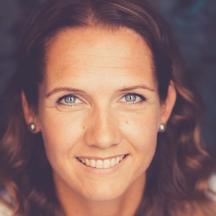 Alexandra Kühnel